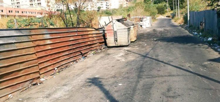 Discarica a Bisconte : Messinaservizi bonifica area. Lombardo comportamenti incivili, saranno posizionate altre telecamere in zone sensibili